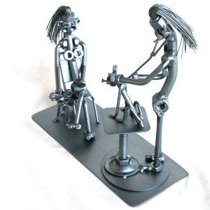 Kreatív fém csavar szobor ajándék állatorvosnak 1