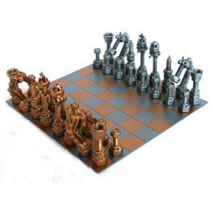 Különleges, exkluzív fém sakkfigura készlet