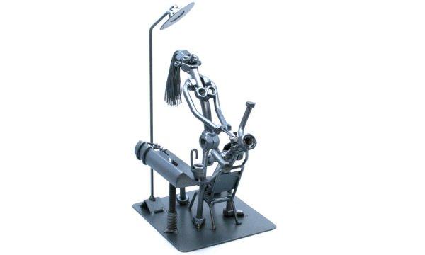 Egyedi fém csavar szobor ajándék fogorvosnak