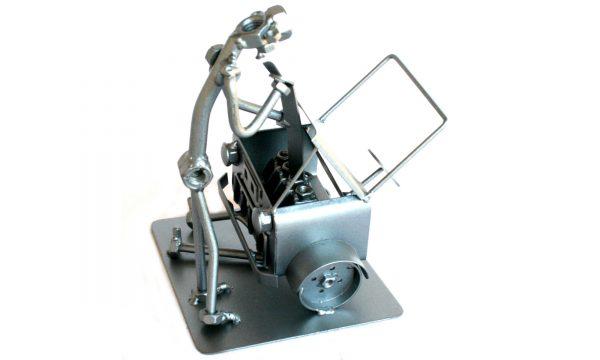 Vicces fém csavar szobor ajándék autószerelőnek