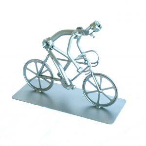 Fém csavar szobor ajándék ötletek bicikliseknek